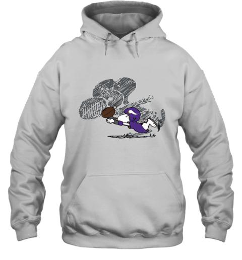 Minnesota Vikings Snoopy Plays The Football Game Hoodie