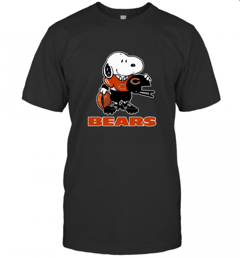 Snoopy A Strong And Proud Chicago Bears Player NFL T-Shirt