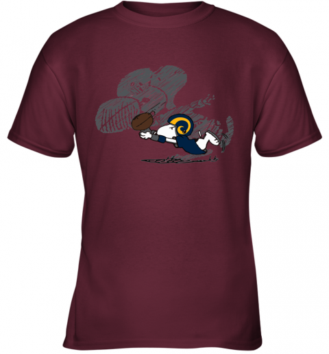 Los Angeles Rams Snoopy Plays The Football Game Youth T-Shirt
