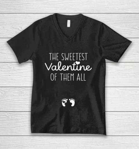 Womens Sweet Gift for Pregnant Wife Girlfriend Valentine Pregnant V-Neck T-Shirt