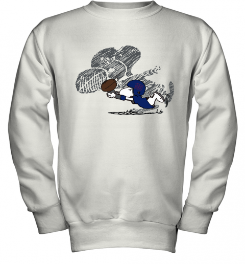 New York Giants Snoopy Plays The Football Game Youth Sweatshirt