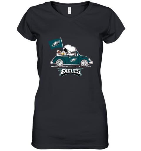 Snoopy And Woodstock Ride The Philadelphia Eagles Car Women's V-Neck T-Shirt