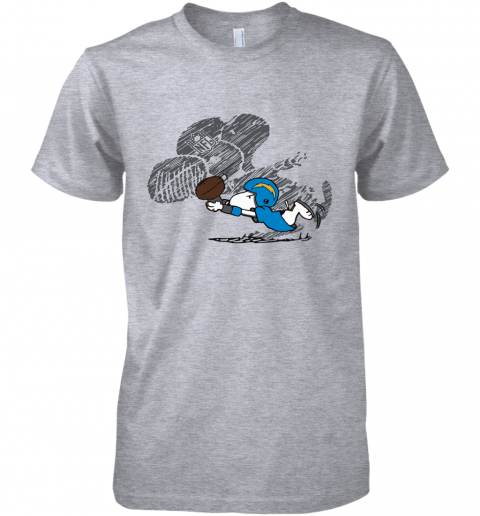 Los Angeles Chargers Snoopy Plays The Football Game Premium Men's T-Shirt