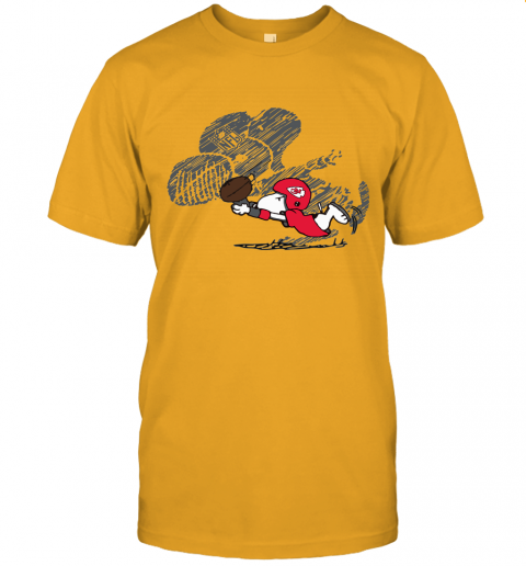 Kansas City Chiefs Snoopy Plays The Football Game Unisex Jersey Tee
