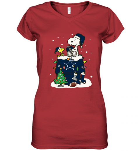 A Happy Christmas With Dallas Cowboys Snoopy Women's V-Neck T-Shirt