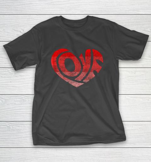 Retro Valentine Heart Shirt Great Valentines Day Gift T-Shirt