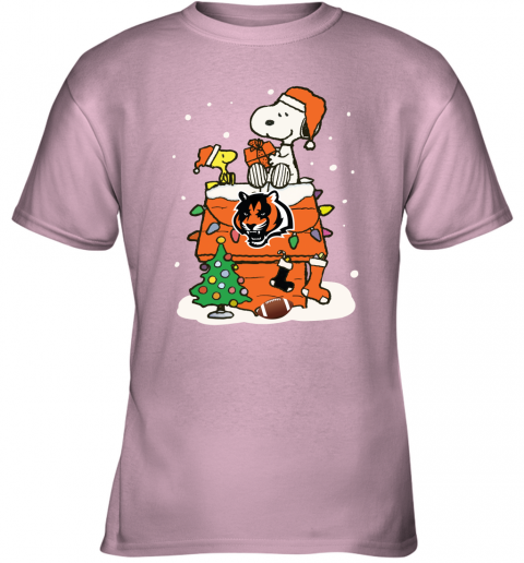 lnyb a happy christmas with cincinnati bengals snoopy youth t shirt 26 front light pink