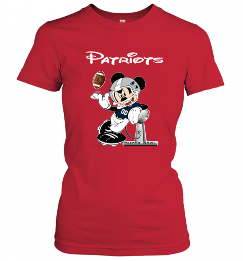 txtn mickey patriots taking the super bowl trophy football ladies t shirt 20 front red