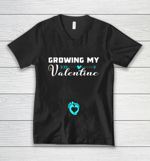 Cute Growing my Valentine Gift for Women pregnancy V-Neck T-Shirt