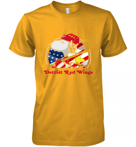 tmqa-detroit-red-wings-ice-hockey-snoopy-and-woodstock-nhl-premium-guys-tee-5-front-gold-480px