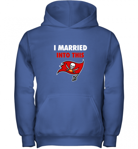 3zw8 i married into this tampa bay buccaneers football nfl youth hoodie 43 front royal