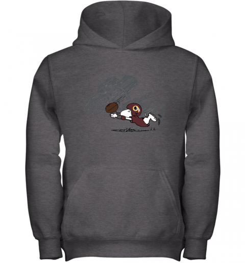 Washington Redskins Snoopy Plays The Football Game Youth Hoodie