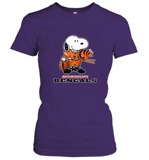 Snoopy A Strong And Proud Cincinnati Bengals Player NFL Women's T-Shirt