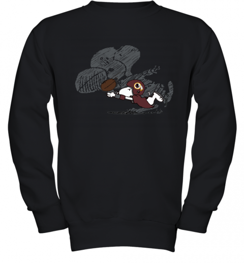 Washington Redskins Snoopy Plays The Football Game Youth Sweatshirt