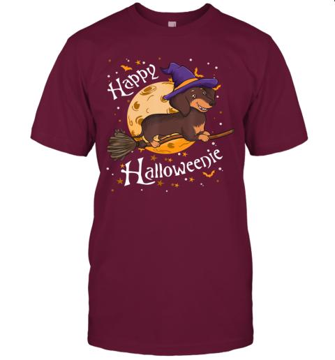 Happy Halloweenie Dachshund Dog Halloween Witch Wiener Broom T-Shirt