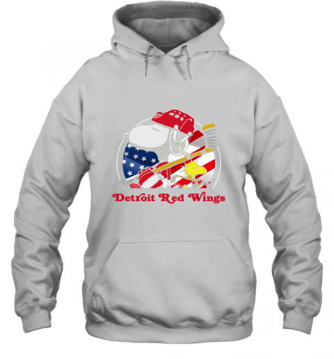4wex-detroit-red-wings-ice-hockey-snoopy-and-woodstock-nhl-hoodie-23-front-white-480px