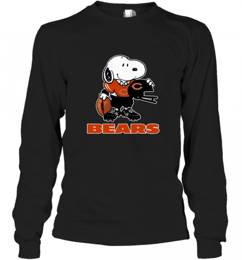 Snoopy A Strong And Proud Chicago Bears Player NFL Long Sleeve T-Shirt
