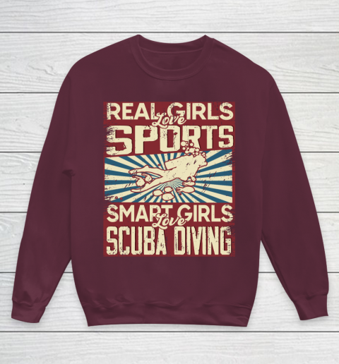 Real girls love sports smart girls love scuba diving Youth Sweatshirt 4