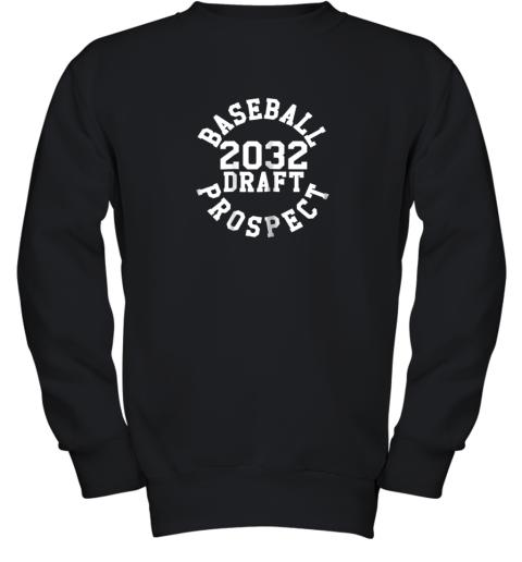 Kindergarten Shirt Funny Class of 2032 Baseball Gift Youth Sweatshirt