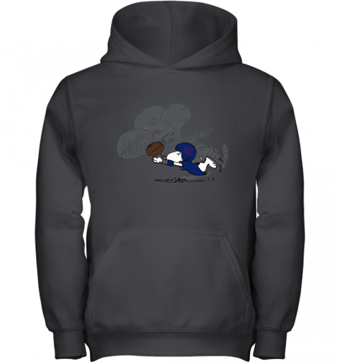 New York Giants Snoopy Plays The Football Game Youth Hoodie