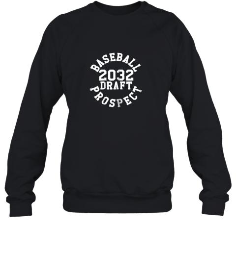 Kindergarten Shirt Funny Class of 2032 Baseball Gift Sweatshirt