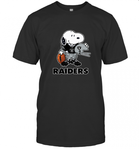 Snoopy A Strong And Proud Oakland Raiders NFL T-Shirt